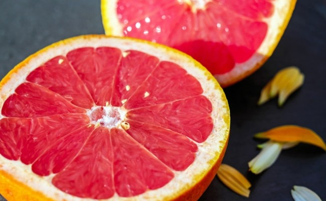 How does grapefruit juice help you lose weight?